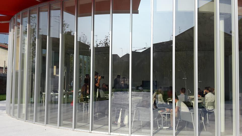 edificio in vetro